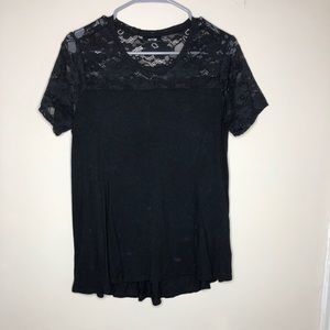 Black top lace sleeve medium